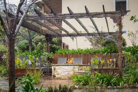Welcome To Vendange Carmel Inn & Suites - Garden Patio