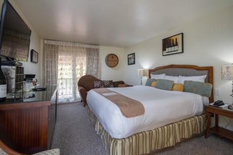 Welcome To Vendange Carmel Inn & Suites - King Room